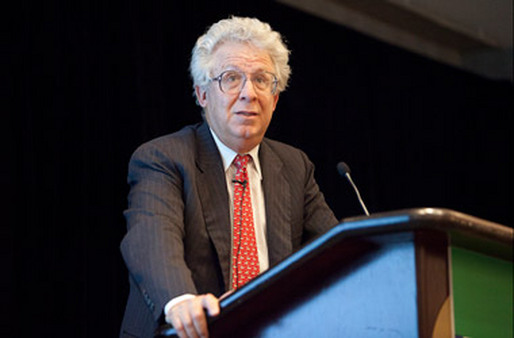 Bob Pozen speaking at the RIS 2011 Conference in Boston. (Photo: Michael Malyszko)