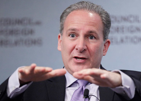 "Peter Schiff said the U.S. was ""feigning solvency"" by keeping interest rates at historic lows. (Photo: AP)"