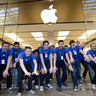 What an Apple Store Has That Wealth Advisors Want