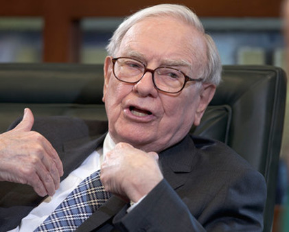 Billionaire investor Warren Buffett reportedly sold $8 billion in muni credit derivatives. (Photo: AP)