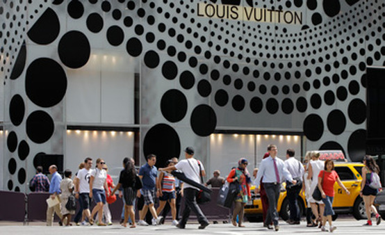 The Louis Vuitton flagship on Fifth Avenue in New York. (Photo: AP)