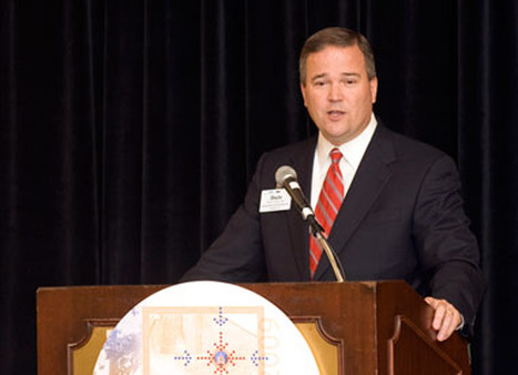 Dale Brown speaking in 2009.