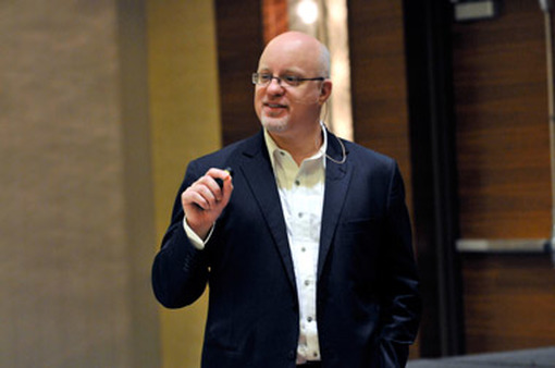 Brett King speaking at FSI OneVoice in San Diego on Tuesday.