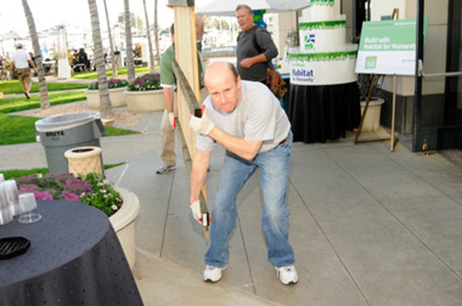 TD Ameritrade conference-goers volunteered for Habitat for Humanity.