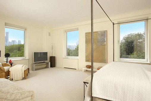 For $26 million you can have a bedroom overlooking Central Park, at 950 Fifth Ave.