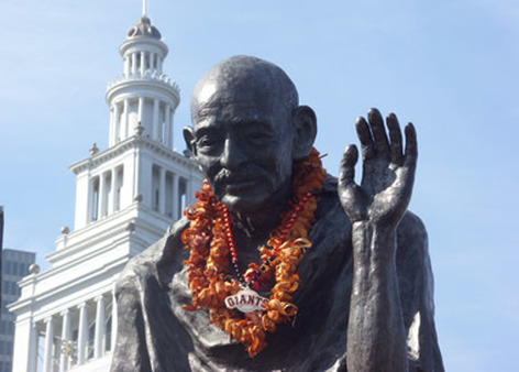 The markets, like Ghandi's statue in San Francisco, should join in celebrating a Giants' victory.