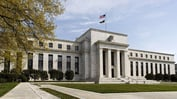 Fed Minutes Reaffirm Gradual Rate Path as Trade Risks Rise