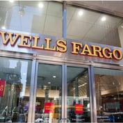 Warren Asks Fed to Break Up Wells Fargo After Regulatory Hit