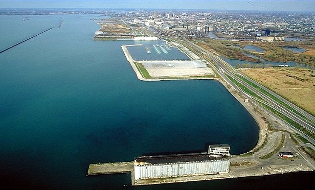An aerial view of Buffalo, New York. (Photo: Ken Winters/U.S. Army Corps of Engineers)