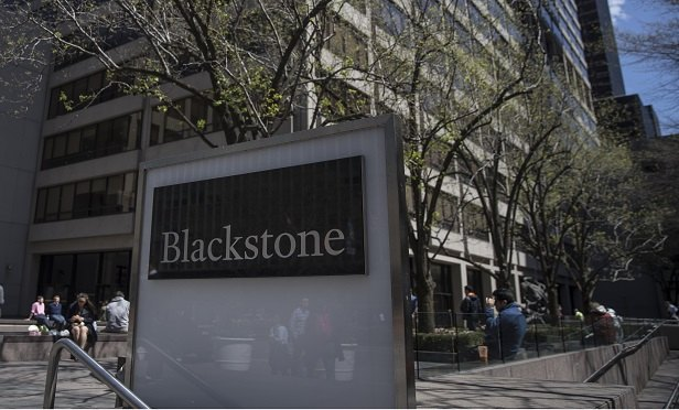 Blackstone Group LP headquarters stands in New York, U.S., on Friday, April 14, 2017. Blackstone Group LP is scheduled to release earnings figures on April 20. Photograph: Victor J. Blue/Bloomberg
