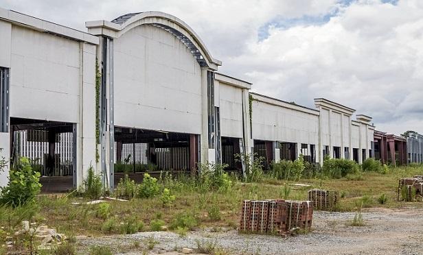A dead mall
