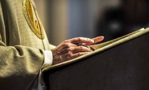 Religion And Politics Dont Mix With Investing Thinkadvisor