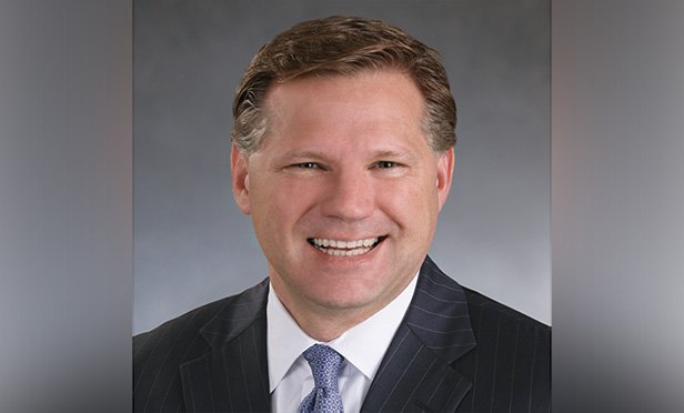 Headshot of Securities America CEO Jim Nagengast