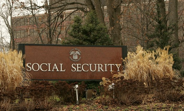 Sign at the Social Security building in Baltimore. (Photo: Bloomberg)