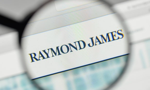 Raymond James, Steward Add Merrill Reps With $1B: Recruiting Roundup
