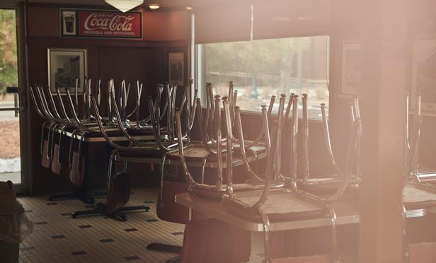 A closed diner. (Photo: Dan Brouillette/Bloomberg)