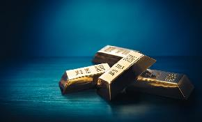 Pros and Cons of Holding Gold in a Portfolio