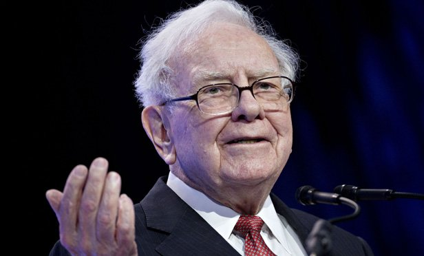 Warren Buffett's Favorite Valuation Metric Is Ringing an Alarm