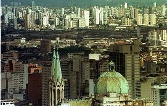 Downtown Sao Paulo one of the largest cities in Latin America and in turn, one of the largest markets (DARIO LOPEZ-MILLS)