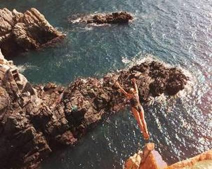 NAIFA speaks on the fiscal cliff (AP Photos/Joe Cavaretta)