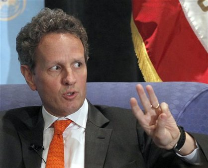 U.S. Treasury Secretary Timothy Geithner speaks about the U.S. economy in Los Angeles, July 31, 2012. (AP/Nick Ut)