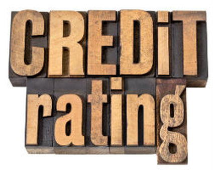 The Moody's report indicates the credit benefit of a non-bank SIFI designation outweighs potential drawbacks.