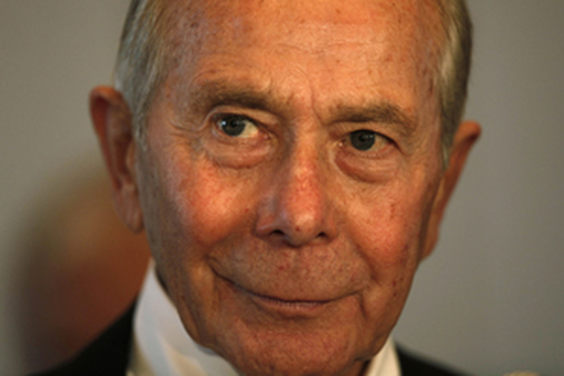 Former AIG CEO Hank Greenberg. (AP Photo/Kin Cheung)