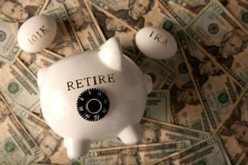 Working with a financial advisor greatly increases the odds that individuals will calculate their future retirement income stream based on current savings.