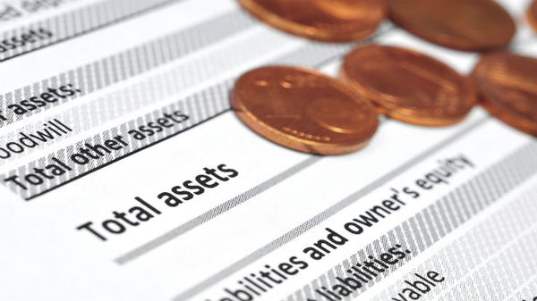 Average account balances reached a record high of more than $95,000 in 2013, up from $85,600 in 2012.