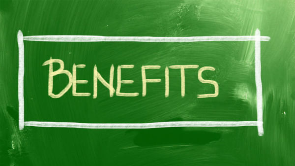 Depending on a family's needs, supplemental life insurance can build on the employer-provided life insurance benefit. (Photo: Thinkstock)