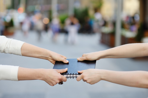 Selling and networking are two different sports, played in two different stadiums, at two different points in time. (Photo: iStock)
