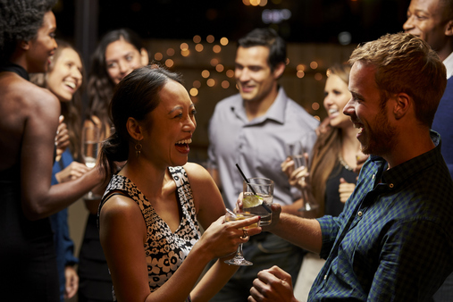 The recent holiday party season offers an opportunity to reflect on the best ways to network at social gatherings. (Photo: iStock)