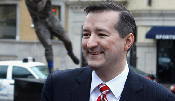 Tom Ricketts standing outside Wrigley Field. (Photo: AP)