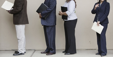 Job seekers (Photo: AP)