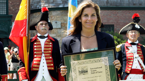 Arantxa Sanchez-Vicario being inducted into the International Tennis Hall of Fame in Newport, R.I., in 2007. (Photo: AP)