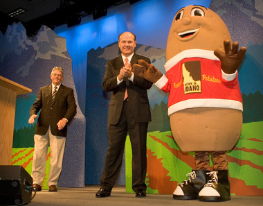 Idaho Potato mascot. (Photo: AP)