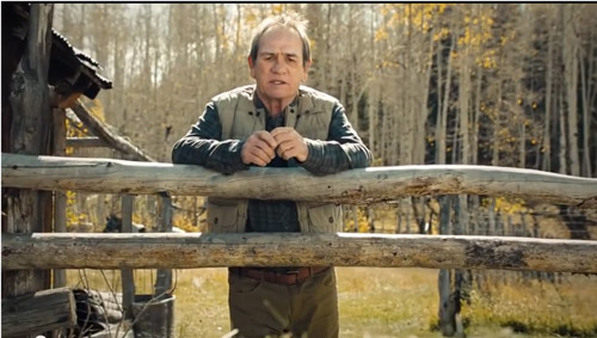 Tommy Lee Jones starring in one of Ameriprise's TV commercials.