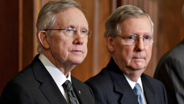 Senate Majority Leader Harry Reid, left, with Senate Minority Leader Mitch McConnell. (Photo: AP)