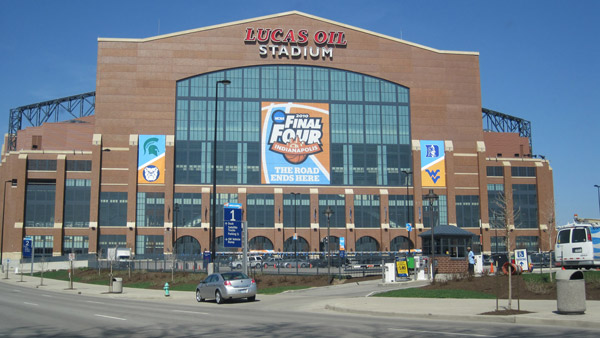 Lucas Oil Stadium downtown Indianapolis, Indiana. (Photo: Wikimedia Commons)