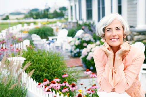 Merrill offers tips for women on saving for retirement.