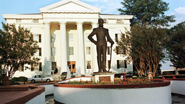 City Hall in Jackson. (Photo: AP)