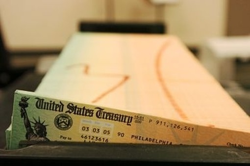 Social Security checks (photo: AP)