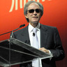 Sunglasses-Wearing Bill Gross Says He's a 'Cool Dude,' Forecasts 3%-5% Return
