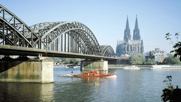 Cologne Cathedral and Hohenzollern Bridge, Germany.