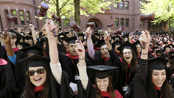 Harvard Law School graduates. (Photo: AP)