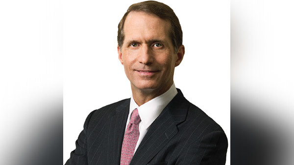 Cetera CEO — and former Advisor Group CEO — Larry Roth.
