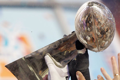 Some former players' current net worth dwarfs their NFL salaries. (Photo: AP)