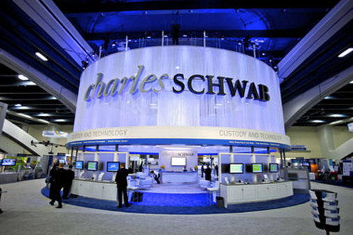 Charles Schwab greeting center at a Schwab Impact conference. (Photo: AP)