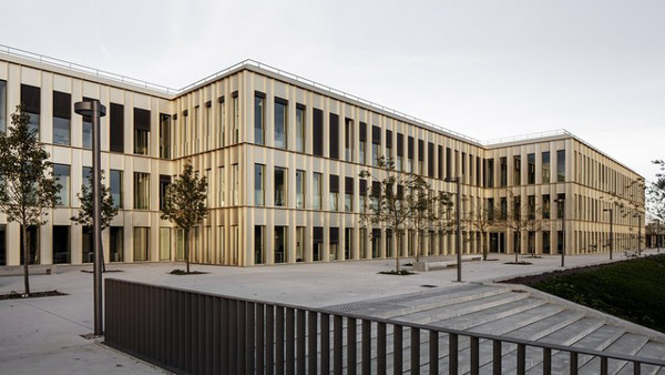 HEC School of Management, Paris