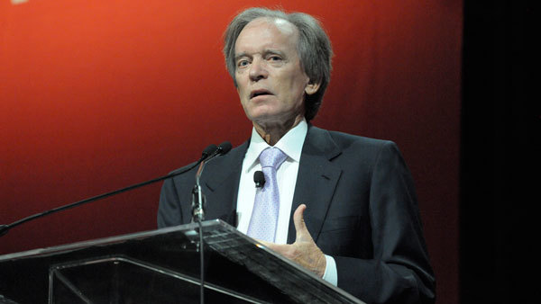 Bill Gross speaks at a Morningstar conference. (Photo: Jim Tweedie)